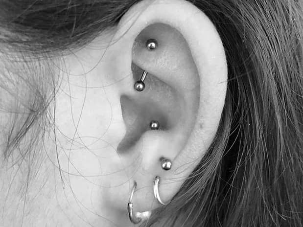 antitragus vs tragus piercing
