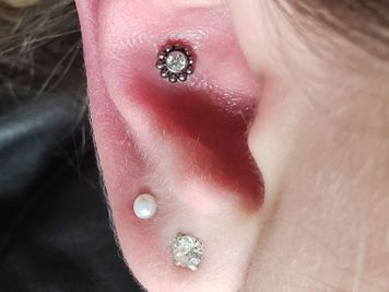 cleaning conch piercing