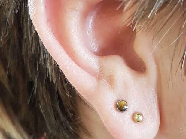 fake earlobe piercing