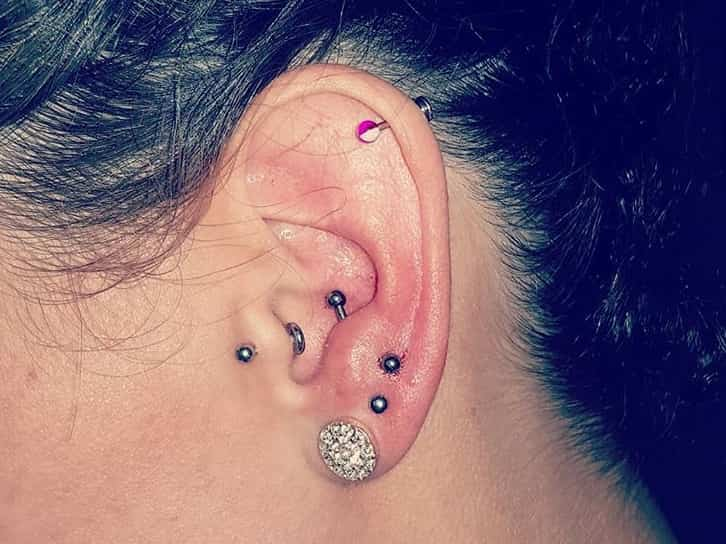 girl antitragus