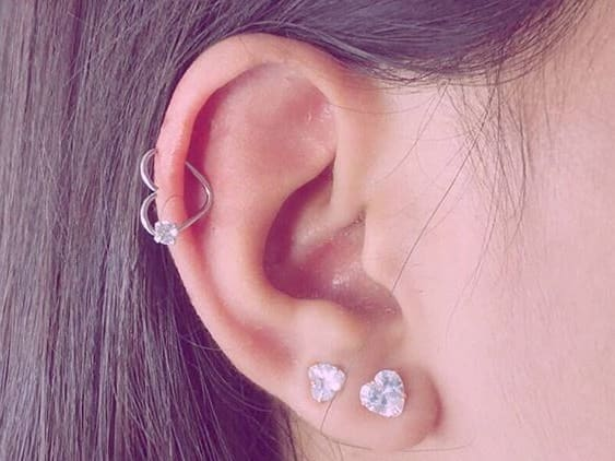 earlobe heart