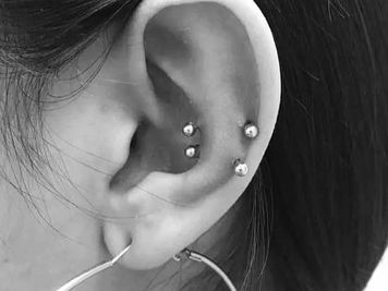 snug piercing double