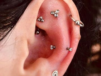 snug piercing jewellery