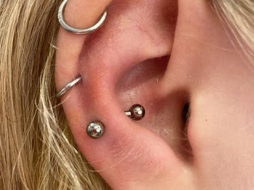 snug piercing procedure