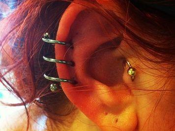 spiral ear piercing lobe