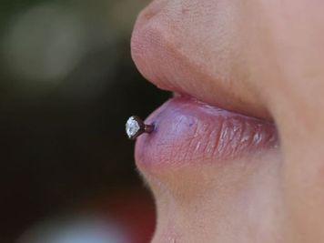 stud ashley piercing