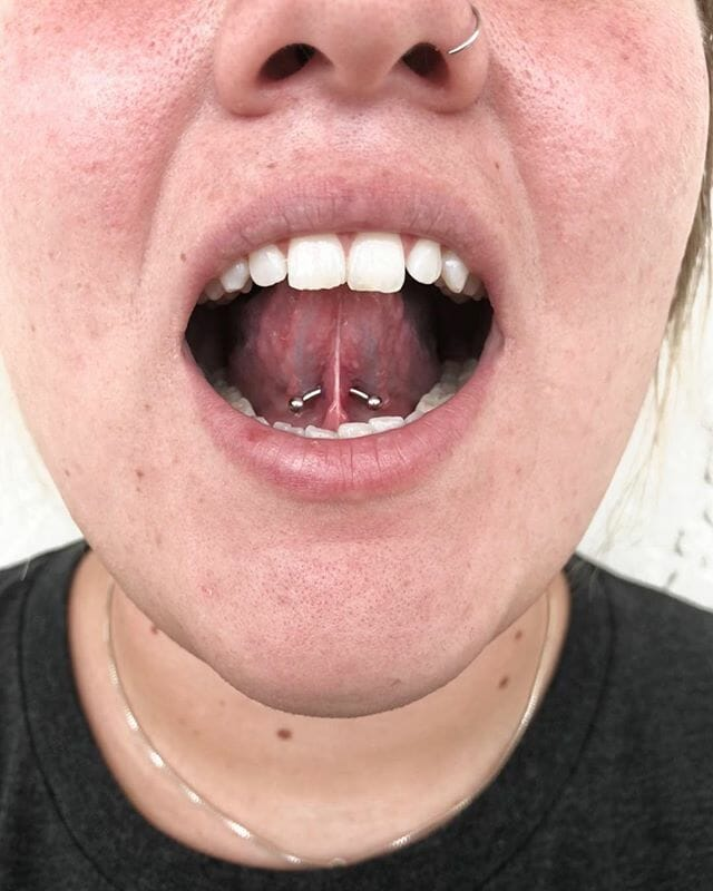 under tongue piercing